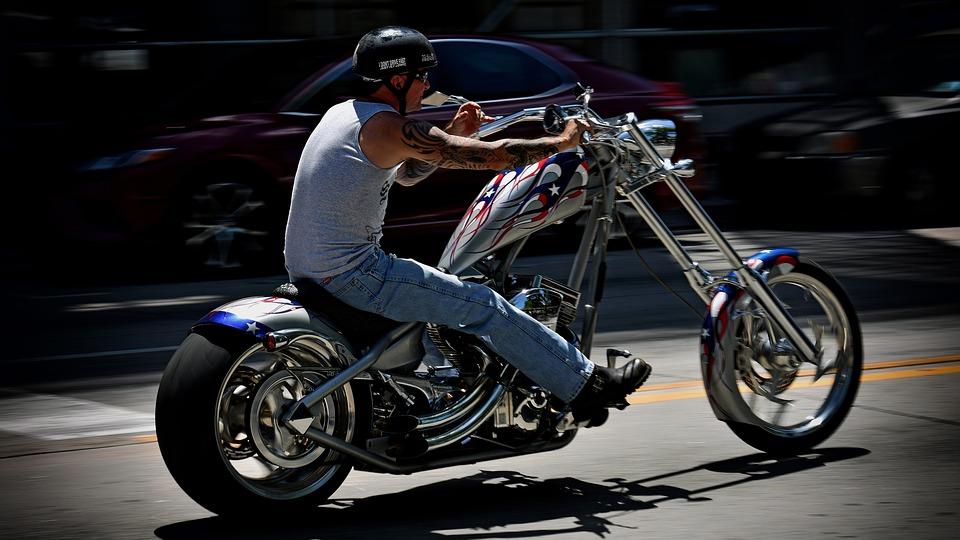 Quel est le prix d'une carte grise de moto ou de scooter ?