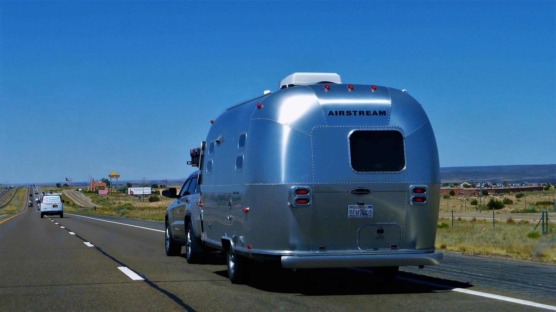 Image de l'article : La carte grise de caravane est-elle obligatoire ?