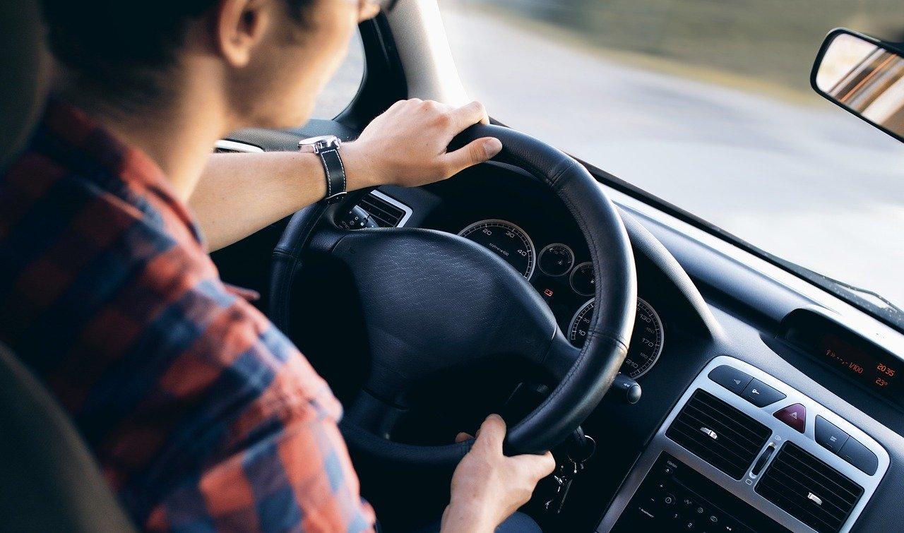 Image de l'article : Permis de conduire auto et moto : quelles nouveautés en 2020 ?