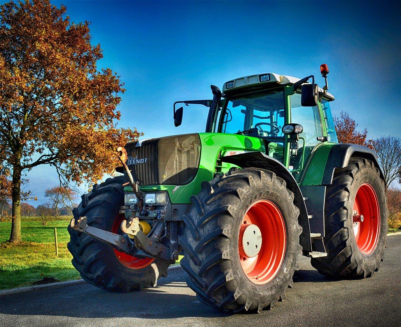 Comment faire la carte grise d'un tracteur ou engin agricole ?